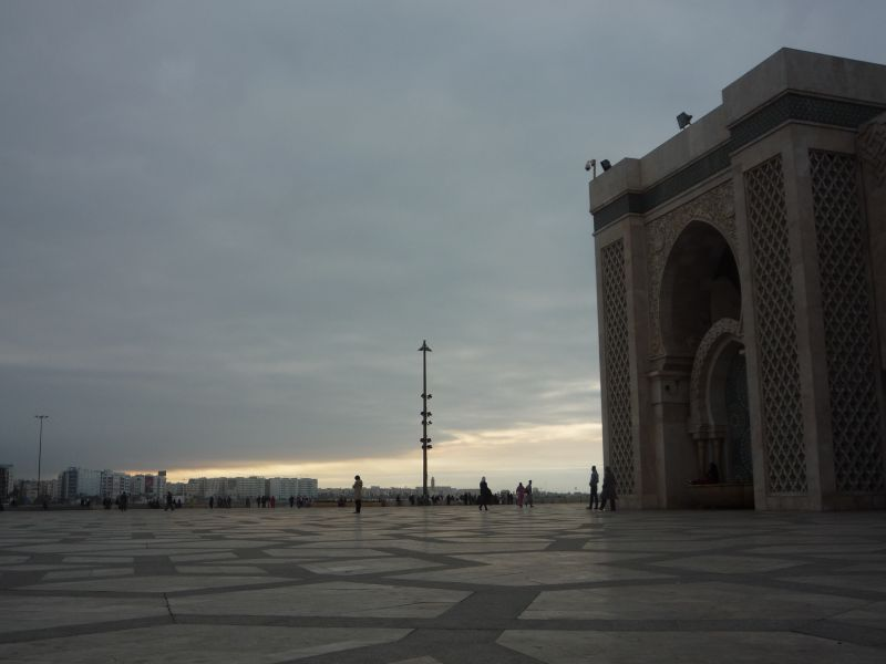 巨大モスク